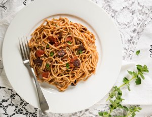 Spaghetti with Spicy Marinara Sauce; Heart Healthy Vegan Recipes