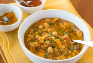 moroccan-sweet-potato-and-chickpea-soup