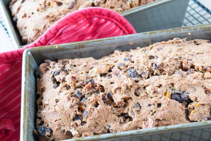 fruitcake cooked in pan